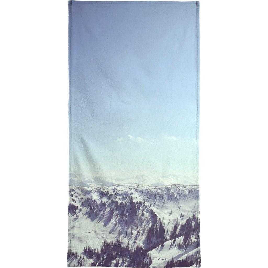 Juniqe Handtuch »The Alps 2«, (1 St.), Weiche Frottee-Veloursqualität