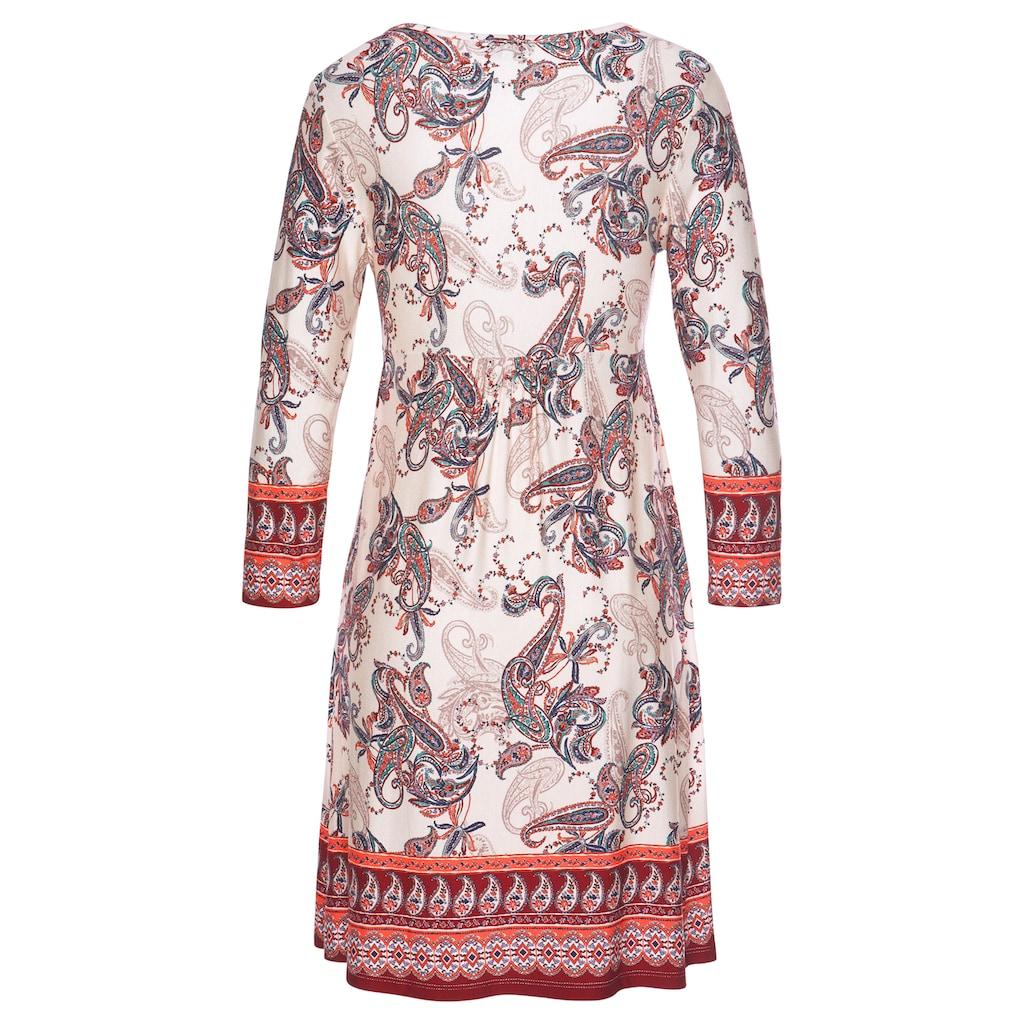 Boysen's Jerseykleid, in lässiger Form mit Paisley-Druck