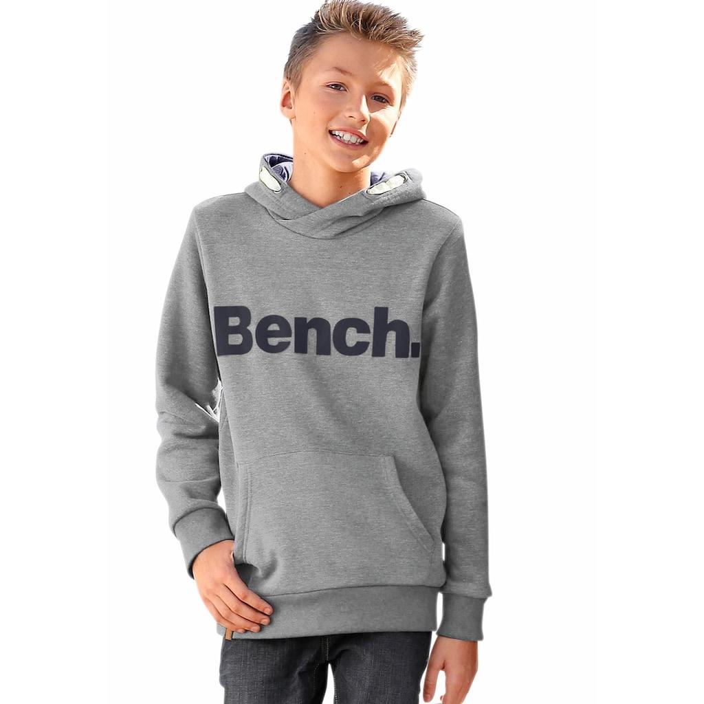 Bench. Kapuzensweatshirt, in melierter Optik