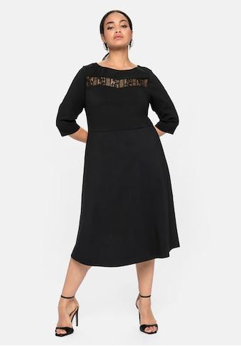 Sheego Abendkleid, mit U-Boot-Ausschnitt und Spitzeneinsatz kaufen