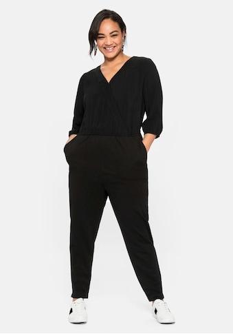 Sheego Jumpsuit, in Wickeloptik, aus weichem Viskosemix kaufen