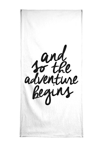 "Handtuch ""Adventure Begins"", Juniqe kaufen"