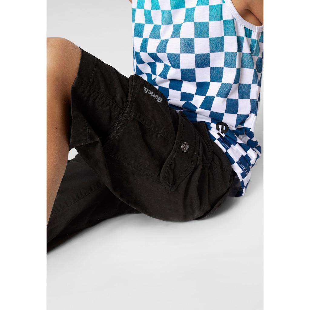 Bench. Bermudas, (Set, 2 tlg., mit Gürtel), mit vielen Taschen und Gürtel