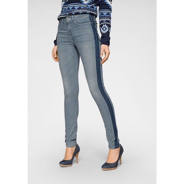 Arizona Skinny-fit-Jeans »Seitennaht mit kontrastfarbenem Streifen«