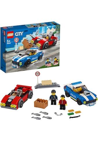 """LEGO® Konstruktionsspielsteine """"Festnahme auf der Autobahn (60242), LEGO® City"""", (185 - tlg.) kaufen"""