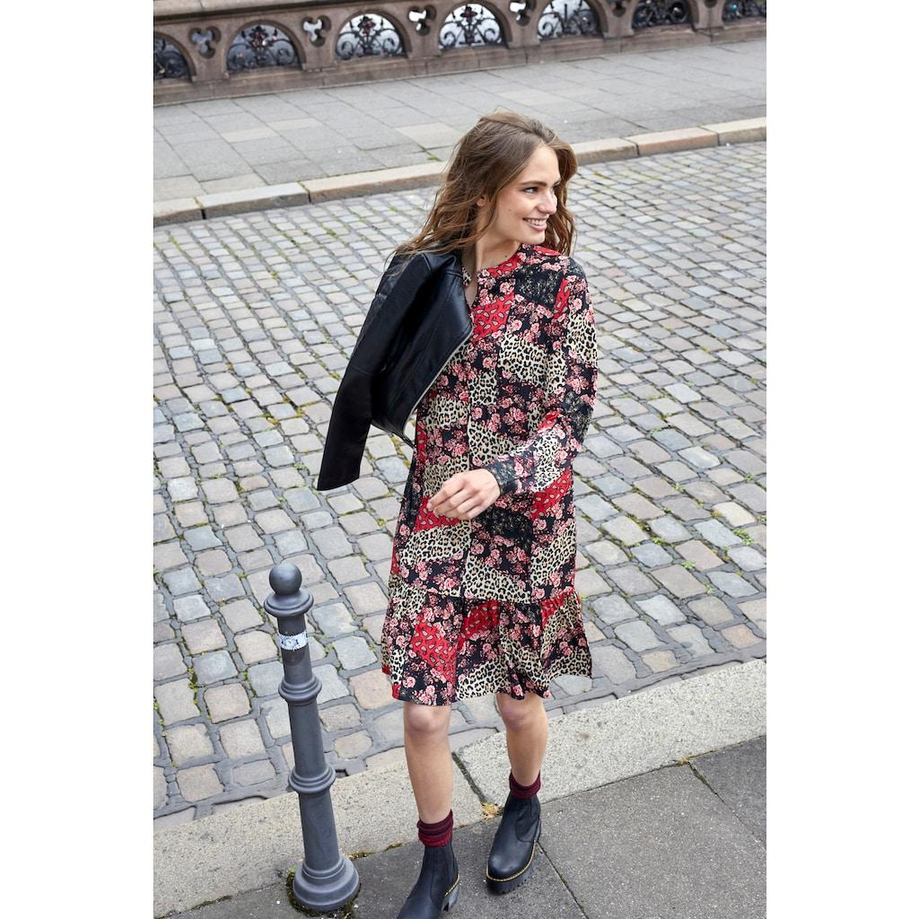 Aniston CASUAL Blusenkleid, mit trendigem Patchdruck