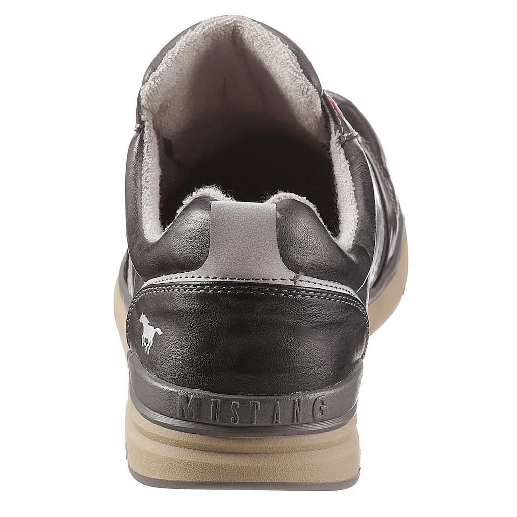 Mustang Shoes Schnürschuh, mit Kontrastbesatz