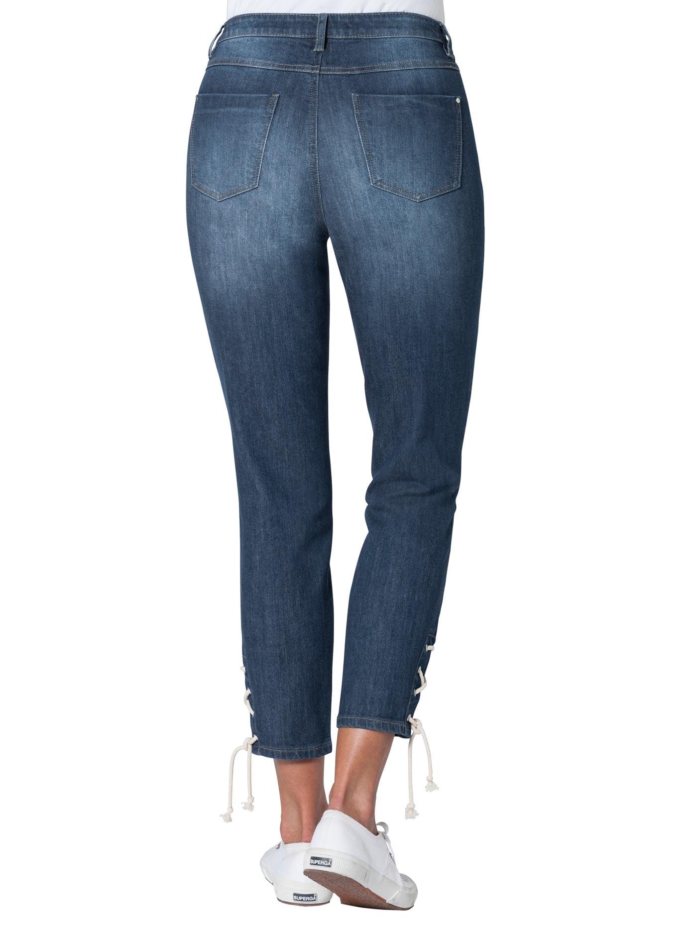 Image of Ambria Jeans im maritim frischen Look