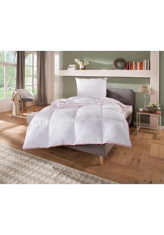 my home Microfaserbettdecke »Lissome«, warm, Bezug Polyester, (1 St.), kuscheliges, daunenähnliches Schlafgefühl kaufen
