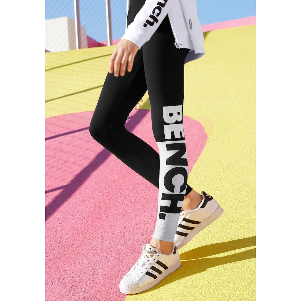 Bench. Leggings, mit grossem BENCH Druck