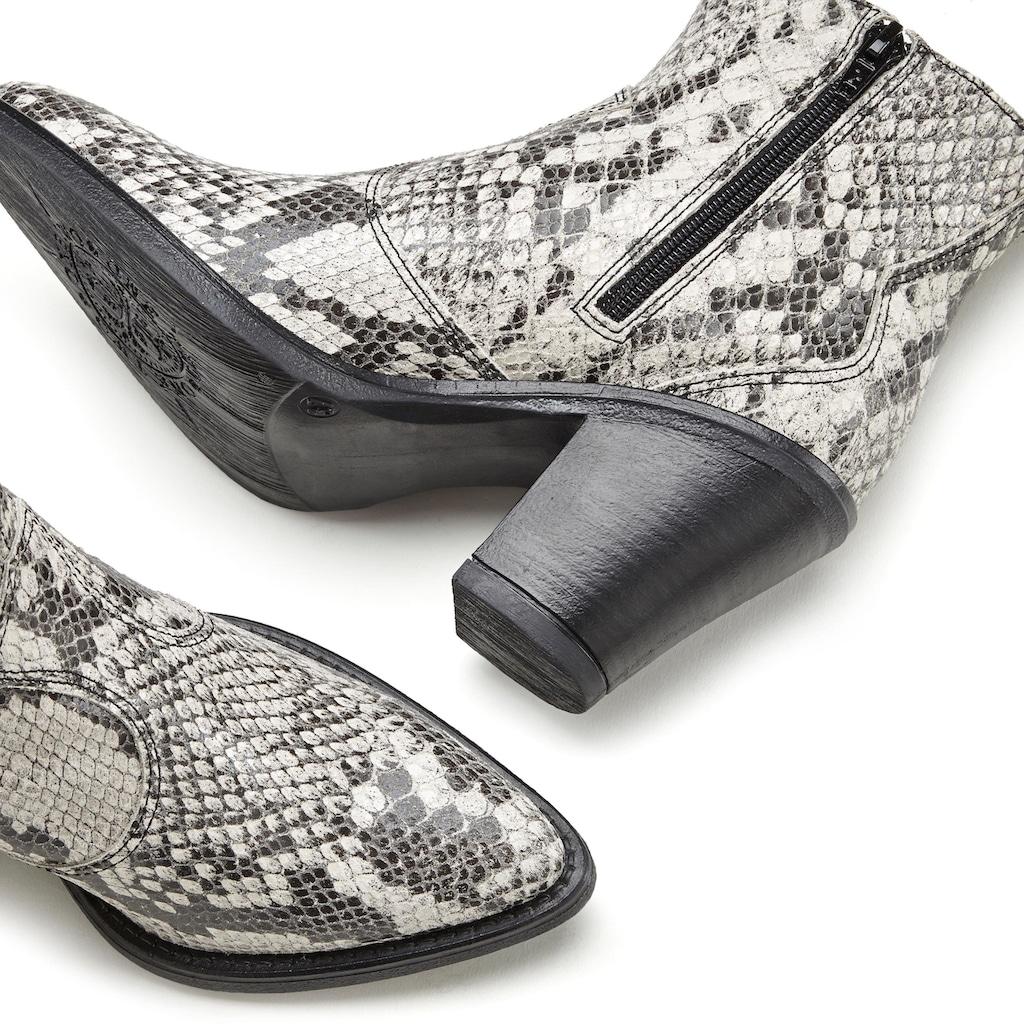 LASCANA Stiefelette, aus Leder mit angesagter Schlangen-Prägung